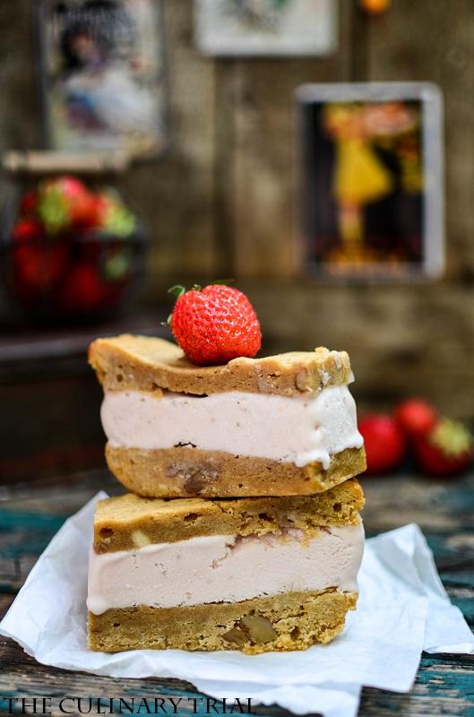 Blondie-Strawberry-Icecream-Sandwich3-2